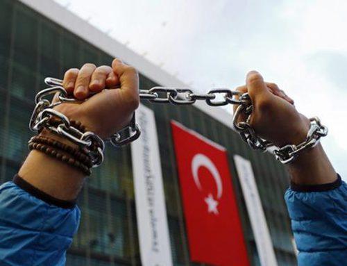 """Во Турција продолжува """"чистката"""" по судовите со неистомисленици на Ердоган"""